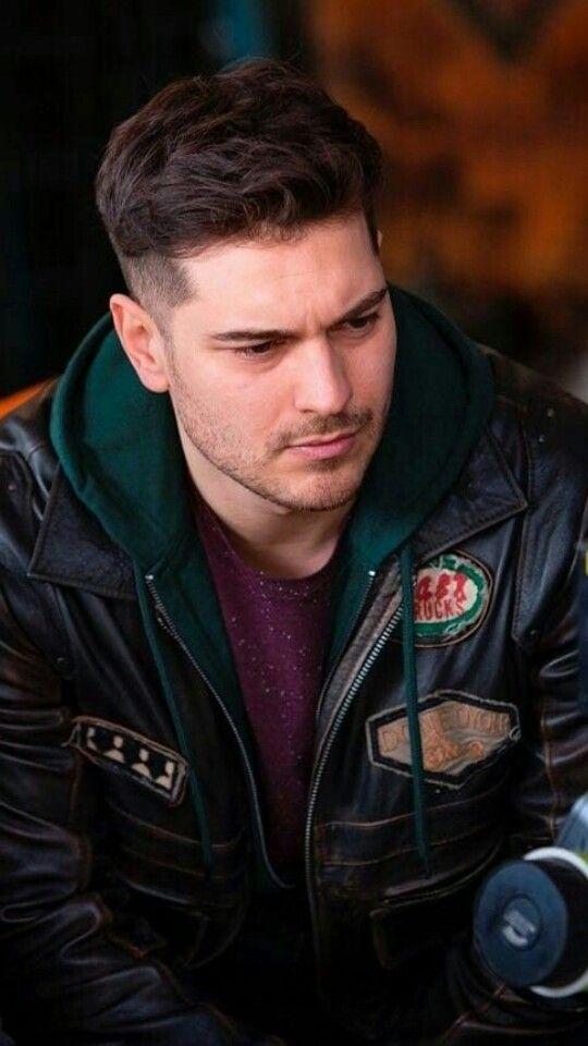 Cagatay Ulusoy Erkek Saci Unluler Aktrisler