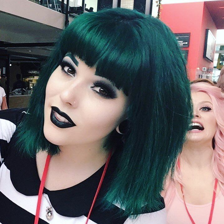 30 Glamorous Green Hair Styles Momooze Com 2: Dark Green Hair , Teal Hair