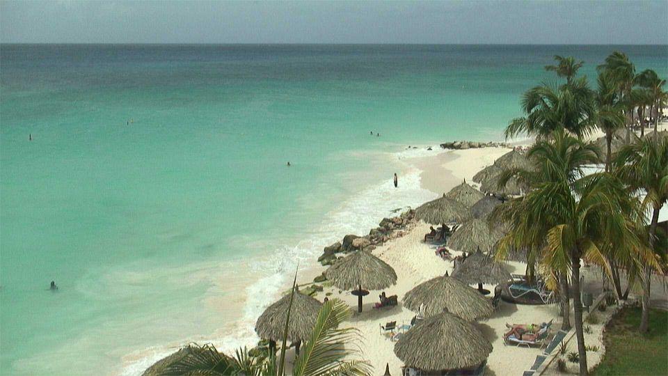 Aruba beach with sound Aruba beach with