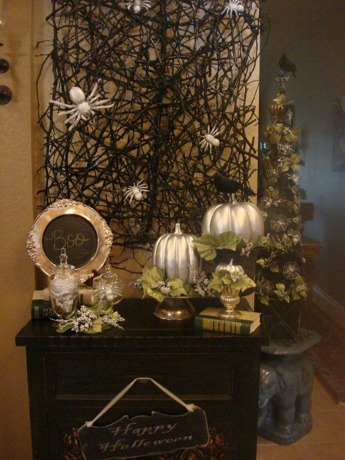 Pretty Spooky Halloween Decor Halloween Tablescape Elegant Halloween Decor Elegant Halloween