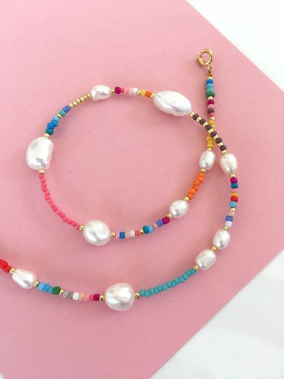 pearl and Seedbeads necklace/Pearl and colourful b