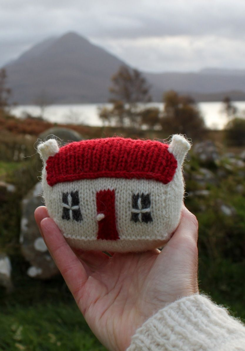 Knitting pattern for Mini Red Roof Croft House - #ad Toy house by that house which is located on the Applecross Peninsular, West Coast of Scotland. Approximately 8cm high x 4.5cm deep x 8cm wide (3 ins x 2 ins x 3 ins). Larger size also available. Can be used as a pincushion too. tba teeny toy or craft tool