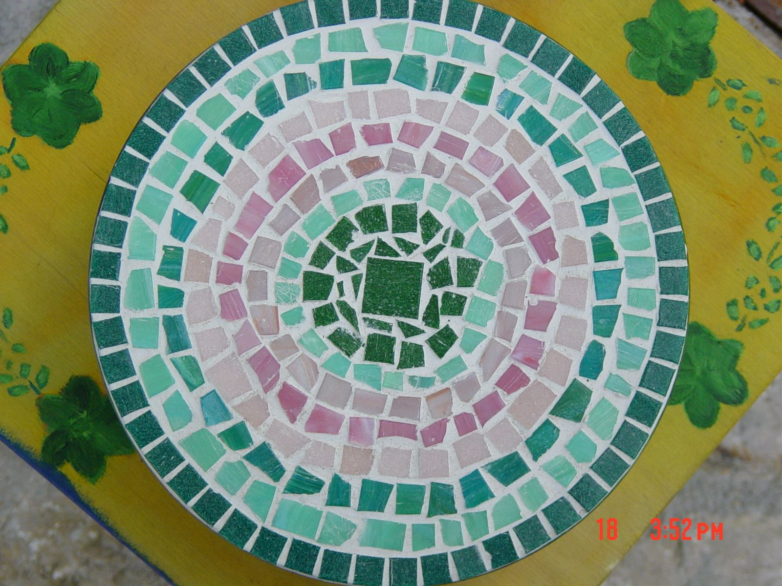 Sottopentola con mosaico di vetro le mie creazioni