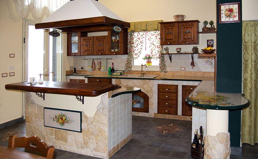 Cucina in muratura lombardia in pietra lavica zuk nftige projekte pinterest tavolo cucine - Immagini di cucine in muratura ...