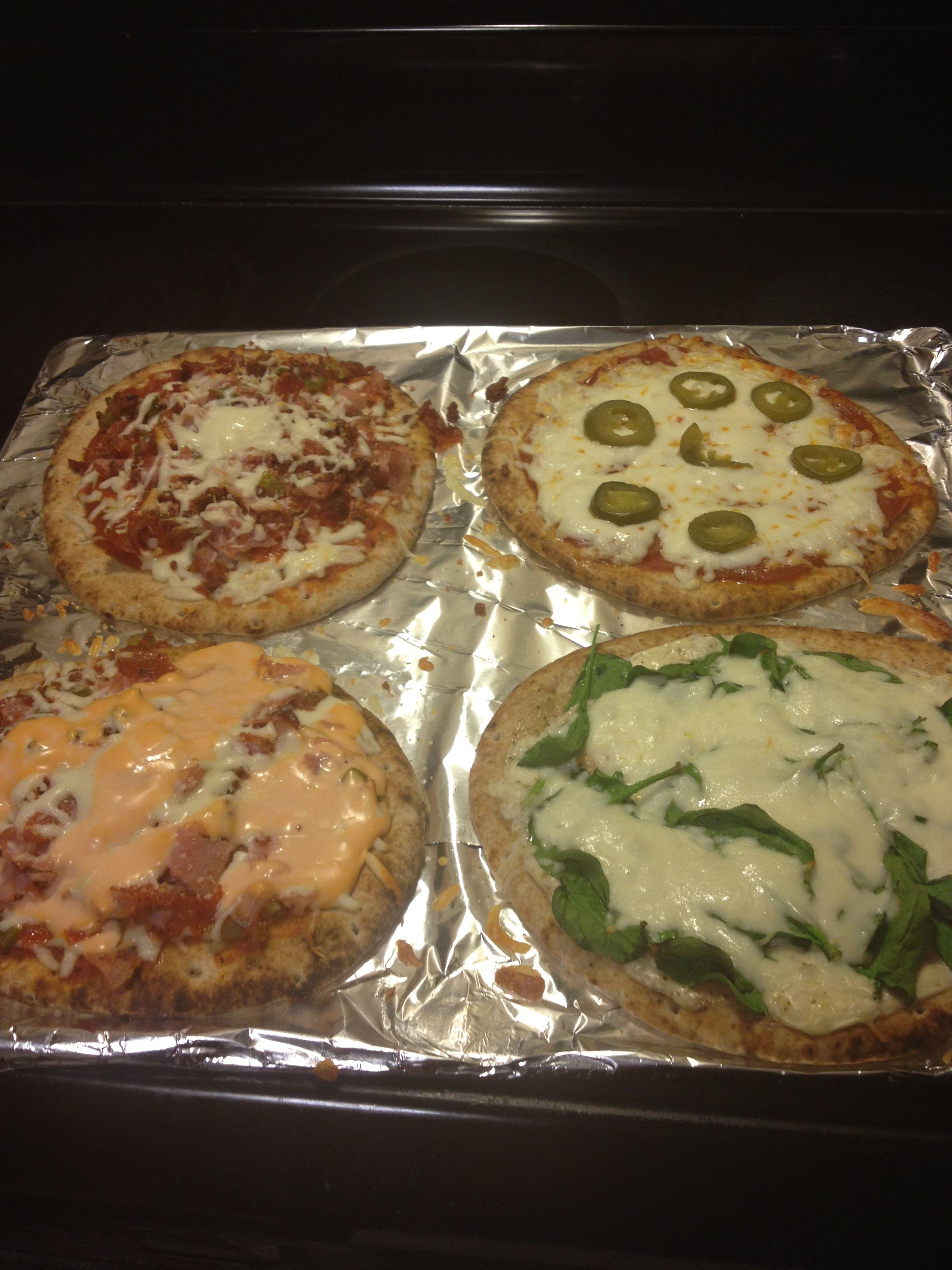 Yummo!!! Flat bread pizza. Teej is awesome!