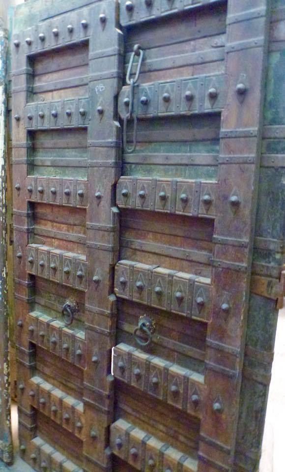 Puertas antiguas muebles y objetos nicos de la colonia inglesa en india portales en el - Muebles de la india ...