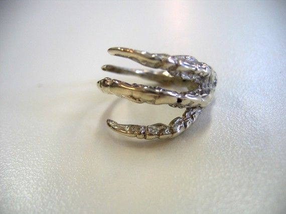 Mrd74 sterling silver claw ring $85
