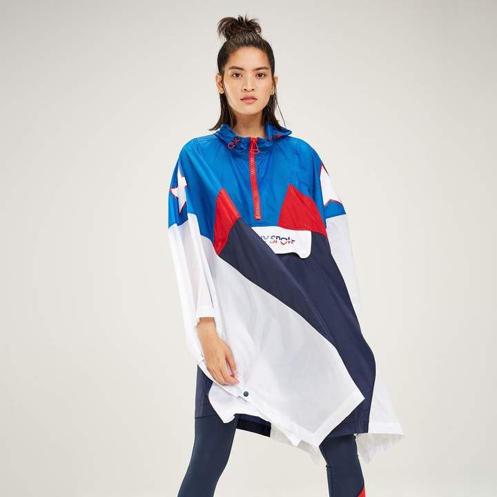 bff83e00e Tommy Hilfiger Tommy Sport Star Poncho #sponsored #ad #paid Thank you Tommy  Hilfiger for sponsoring today's post.