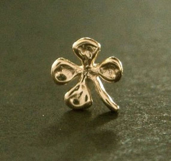 Hey, I found this really awesome Etsy listing at https://www.etsy.com/listing/260323067/tiny-4-leaf-gold-clover-single-stud