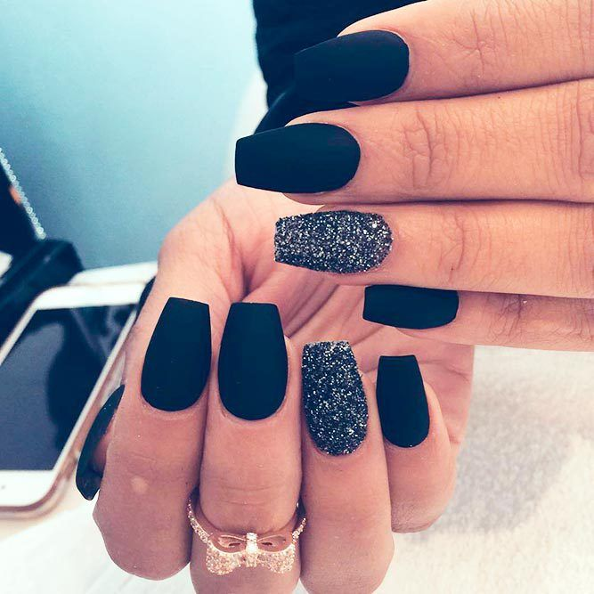 Fresh And Trendy Ways To Match Your Prom Nails Colors With Your