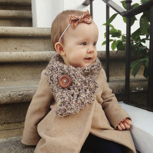 FOURSALE: Chunky Knit Scarf (Mini)