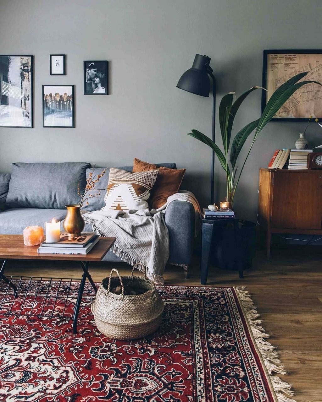 Home Inspiration | Essi Espinosa My Living - Interior Design is the definitive resource for interior designers - Pursue your dreams of the perfect Scandinavian style home with these inspiring Nordic apartment designs. #scandinavianinteriordesign