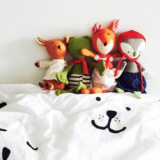 Coziness ❤️ #knuffels #softtoy #hazelvillage #fox #bedding #tellkiddo #dekbedovertrek #bearface #fawn #toad #owl #forest #friends #organic #babygift #kraamcadeau #littlelovedones #nurserygift