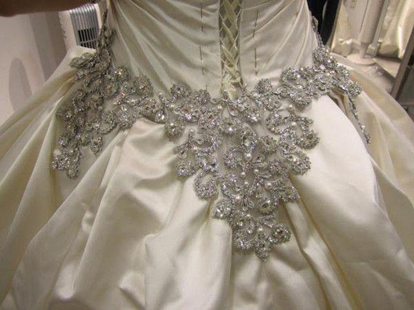 Gorgeous Beaded Pnina Tornai Ball Gown Bling Wedding Dresses 4019 Satin Sweetheart Jeweled Corse Pnina Tornai Ball Gown Ball Gowns Wedding Spring Wedding Dress