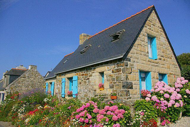 village de lostmarc'h   france