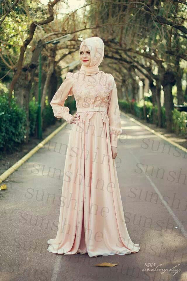 2015 Pink Chiffon Muslim Arabic Kaftan Dubai Pakistan Abaya Wedding Dresses  Modest High Neck Long sleeves