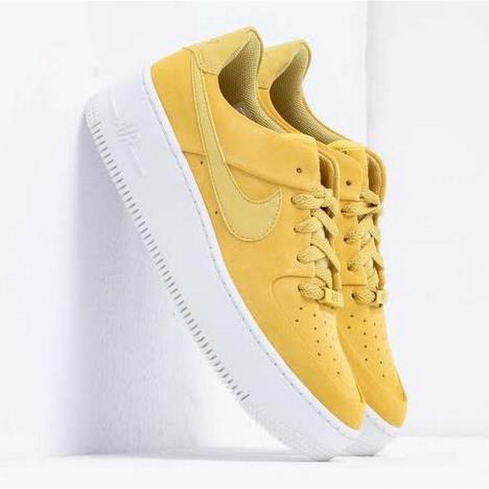 Nike Air Force 1 Sage Low Yellow/White