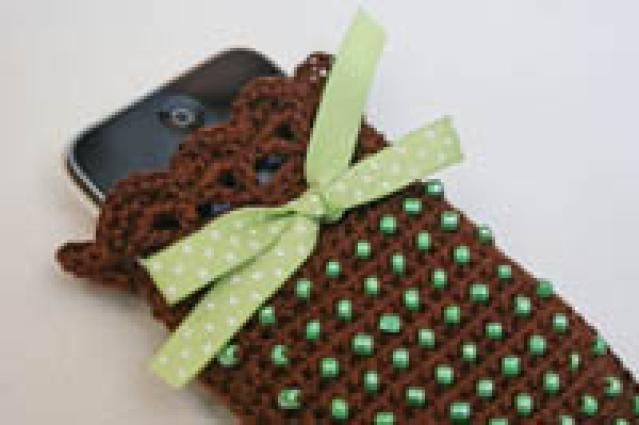 Dress up your phone with a crochet phone case cell phone holder bead crochet patterns make your own cell phone case dt1010fo