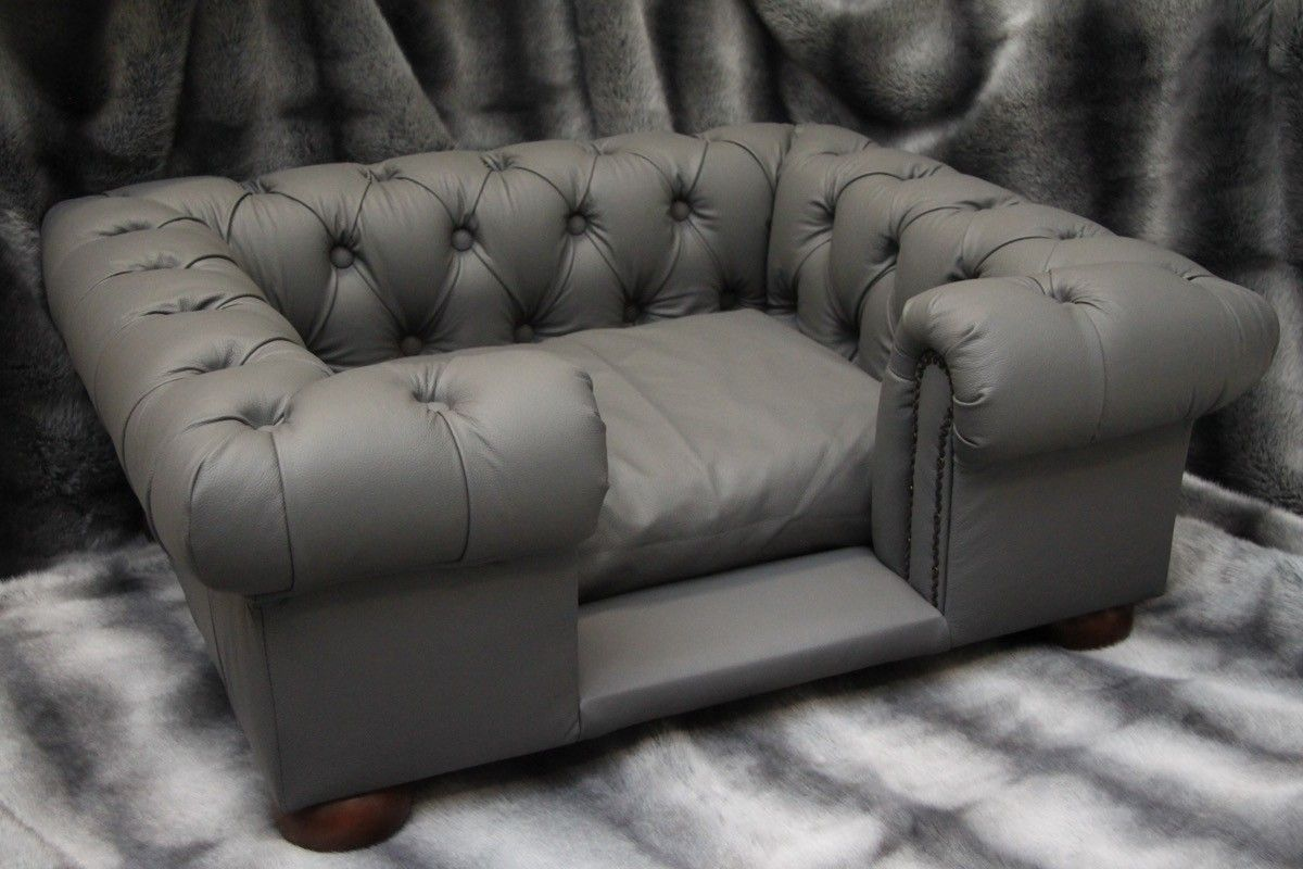 Scott\'s of London Balmoral Dog Chesterfield Grey Real Leather ...