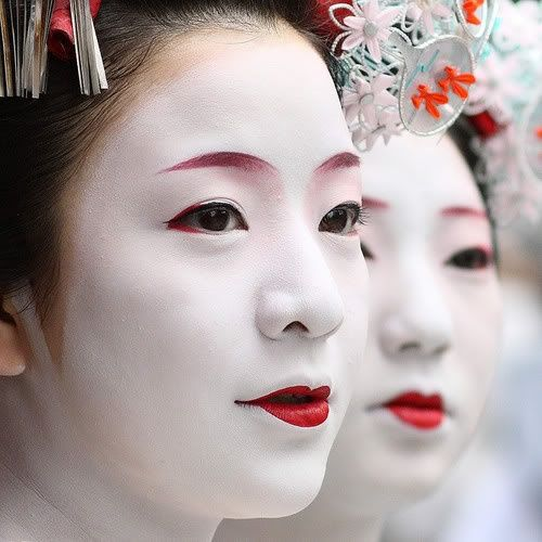 Beauty and makeup from around the world | Beauty around the world / geisha makeup