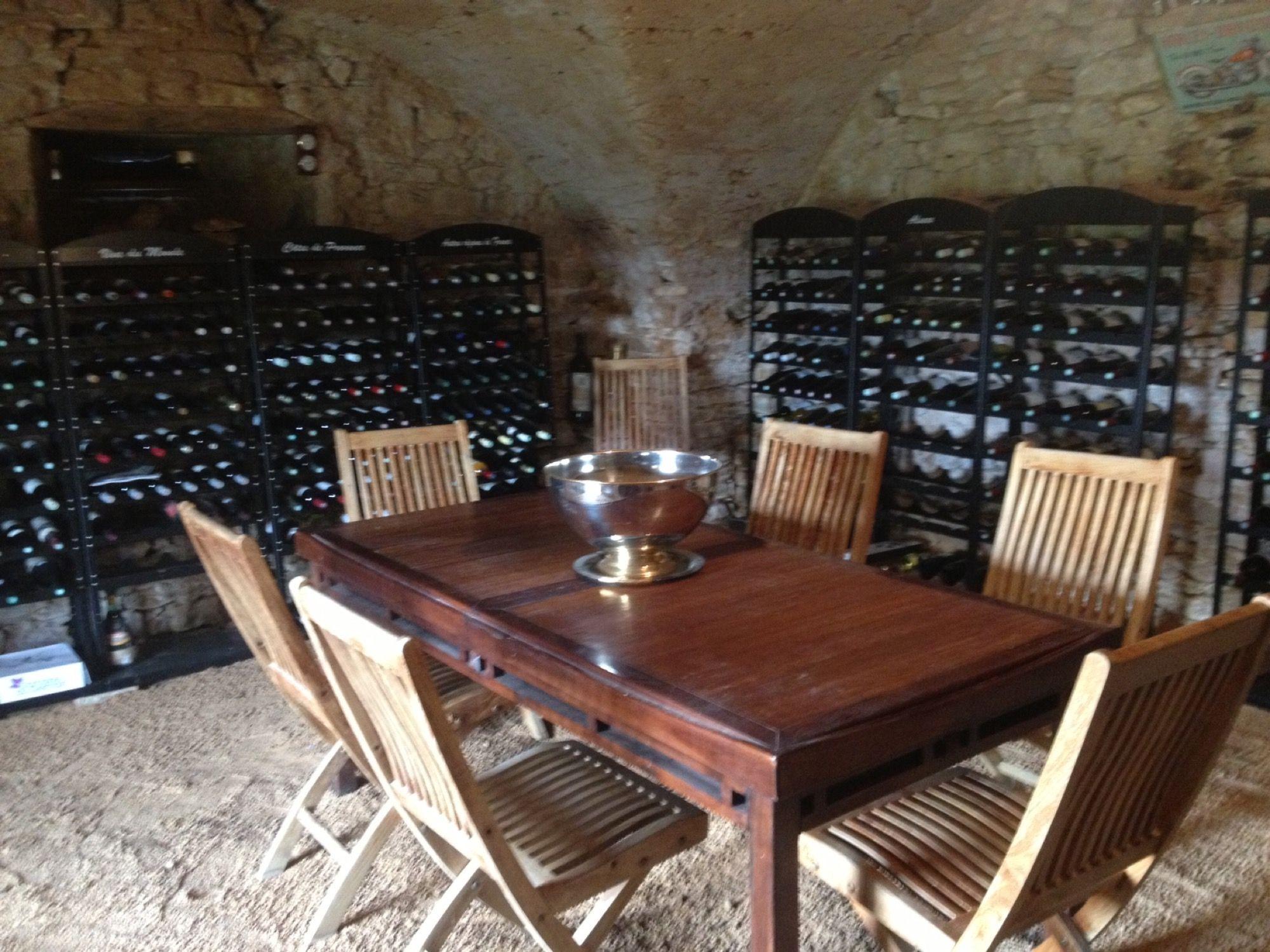 Cave Amenagee Avec Nos Casiers A Bouteilles Casierabouteilles Casiersabouteilles Rangebouteilles Wine Frenchwine Vi Casier A Bouteille Bouteille Casier