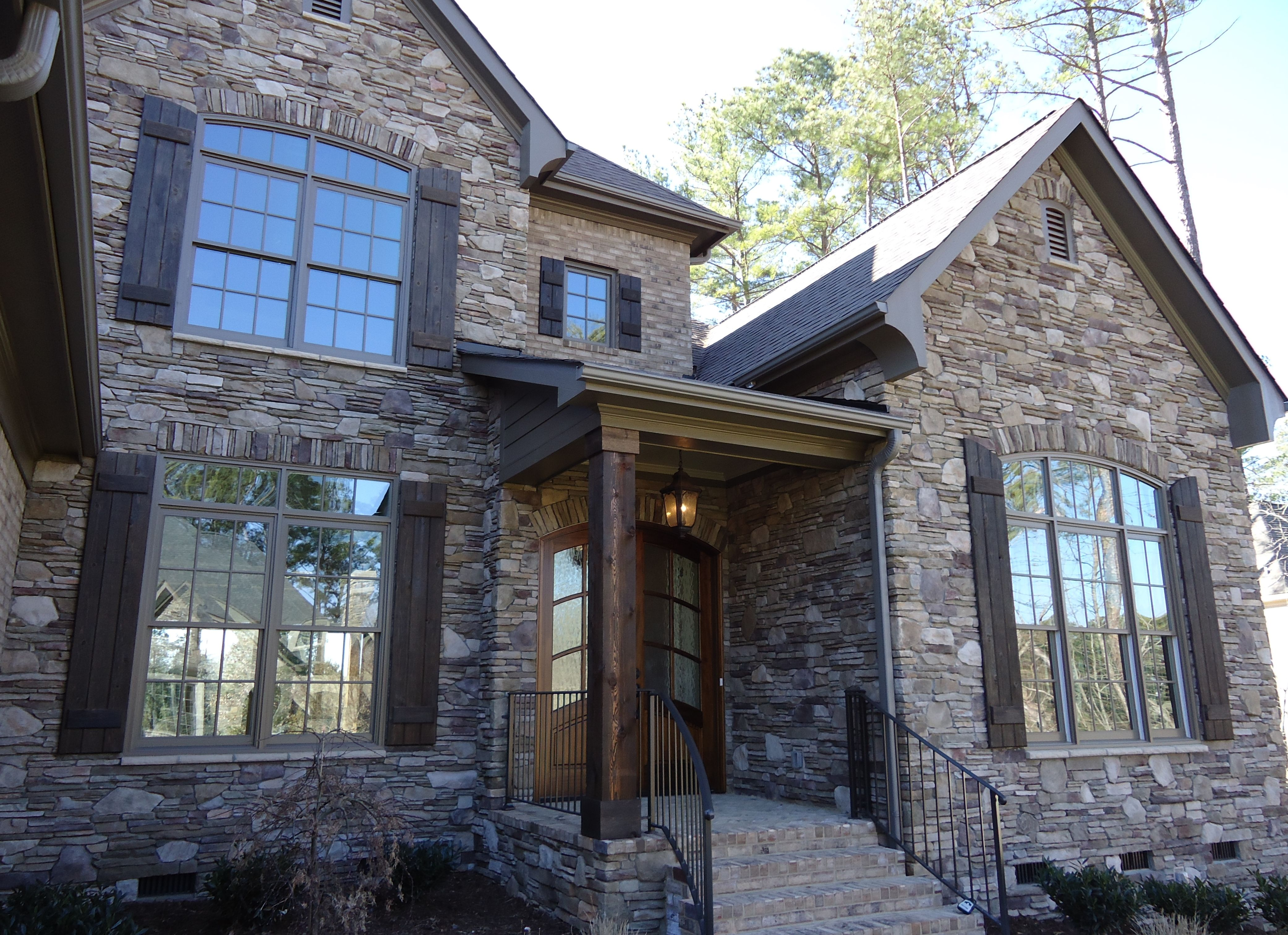Best Arh Plan The Crestwood 1184F Exterior 19 Roof Owens 400 x 300