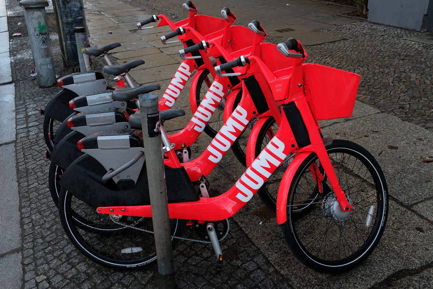Uber Jump A Quick Guide To Uber S New Scooter And Bike Share