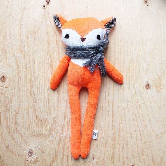 Nicolas - friendly fox