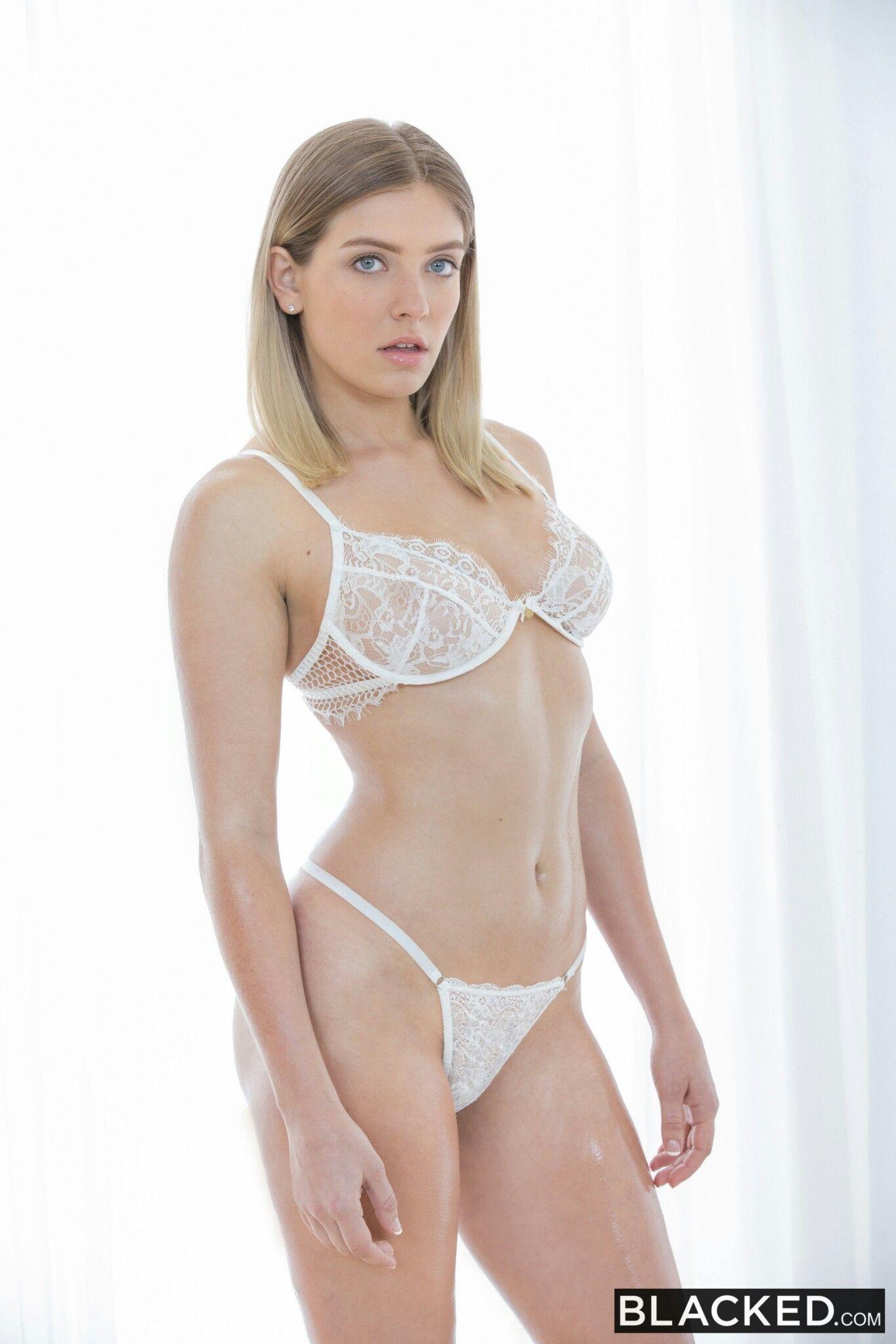 Giselle Palmer Nude Photos 18