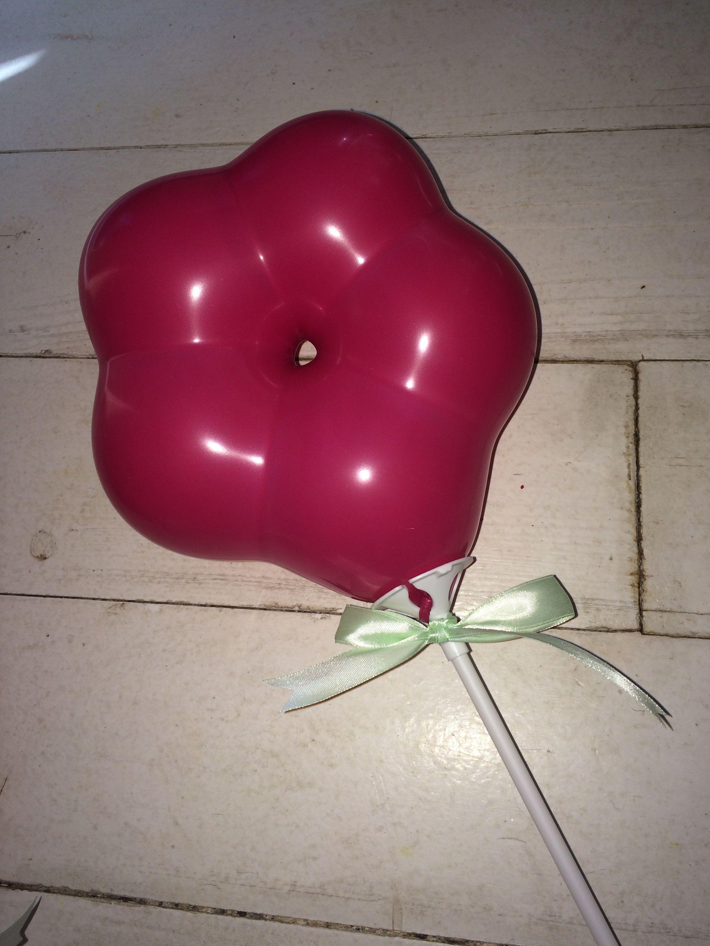 """""""Floral stem"""" balloons sold on etsy in shop CooCooDoLove"""