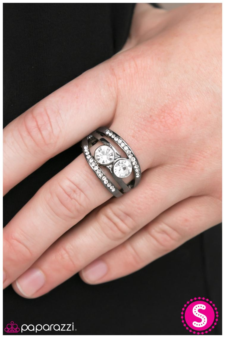 Look at this ring 👀😍! Classy & affordable! Shop my online store 24 ...