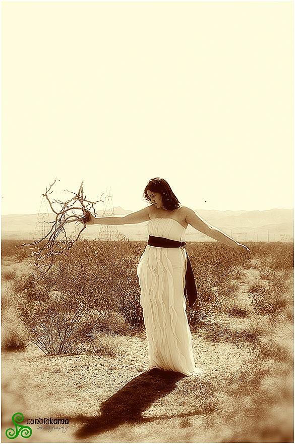 LAS VEGAS desert photo session WWW.CANDIDKAMA.COM