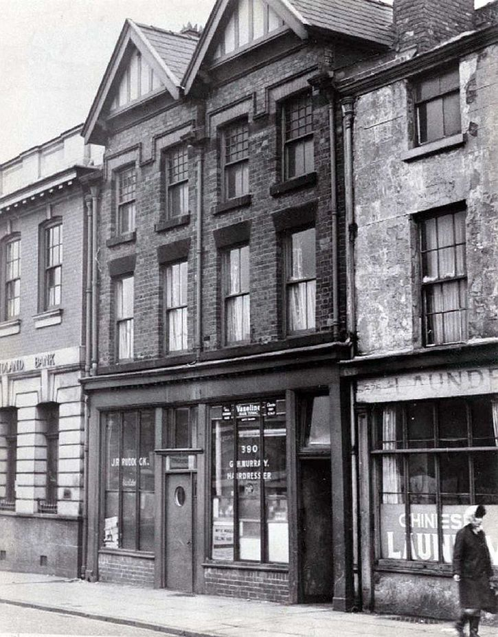 #Sixties | Cilla Black's home above the barber's on Scotland Road, Liverpool