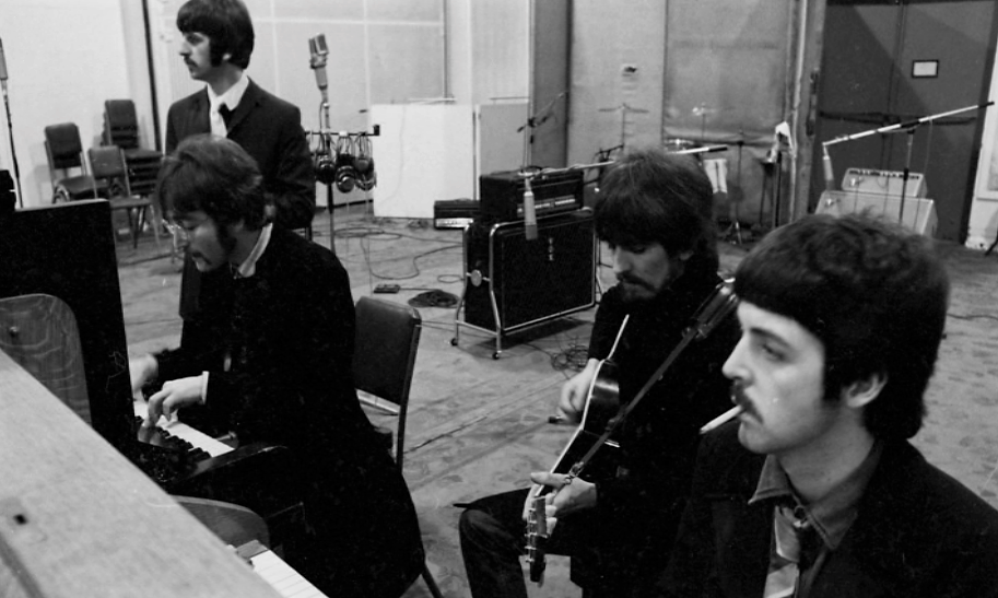 Sgt Pepper S Sessions 19 January 1967 Foto C Apple Corps Ltd Recording A Day In The Life The Beatles Rock Roll George Harrison