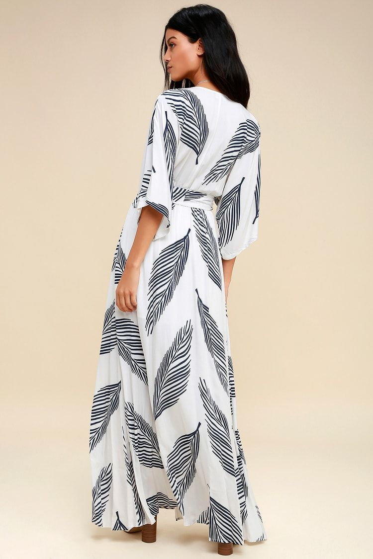 f5b5b6c9494d Sign of the Times White and Navy Blue Leaf Print Maxi Dress in 2019 ...