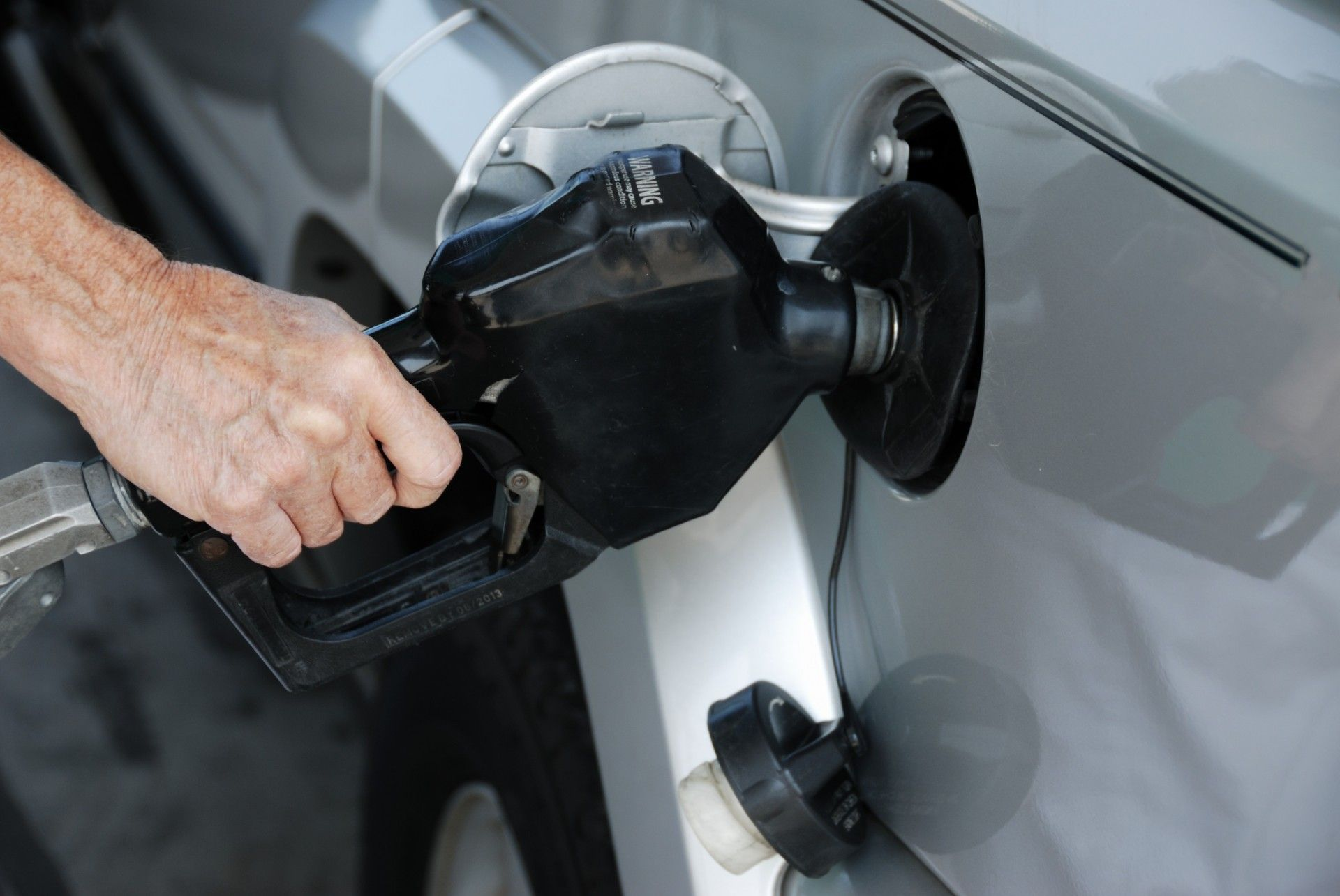 Outsmart high gas prices with these fuel saving tips from