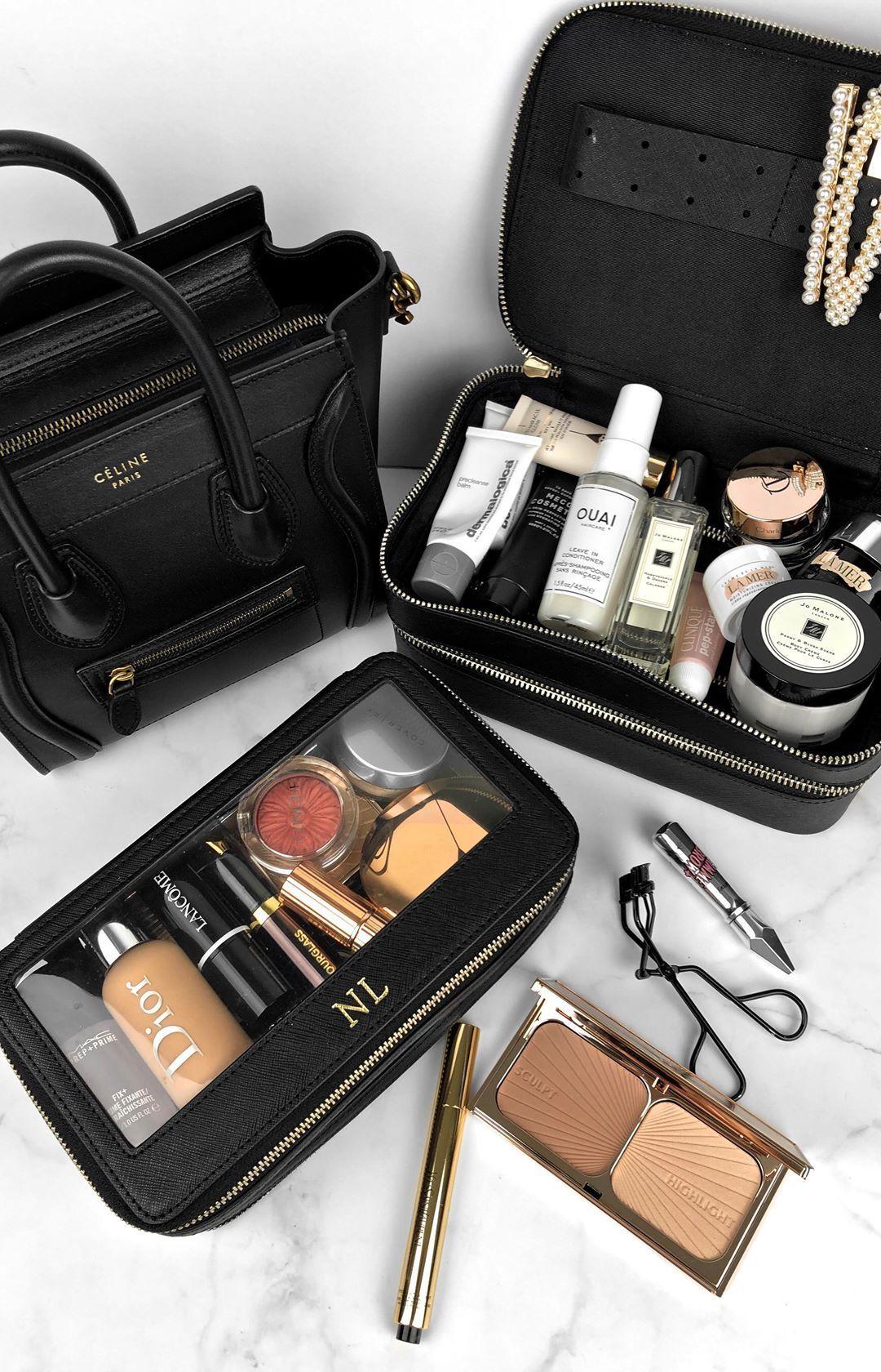 Travel makeup bag / Makeup beauty flatlay beauty makeup