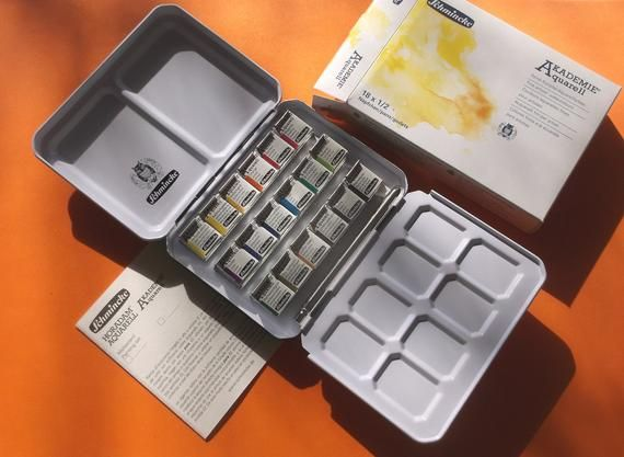Schmincke Akademie Watercolor Limited Edition Tin 18 Half Pans