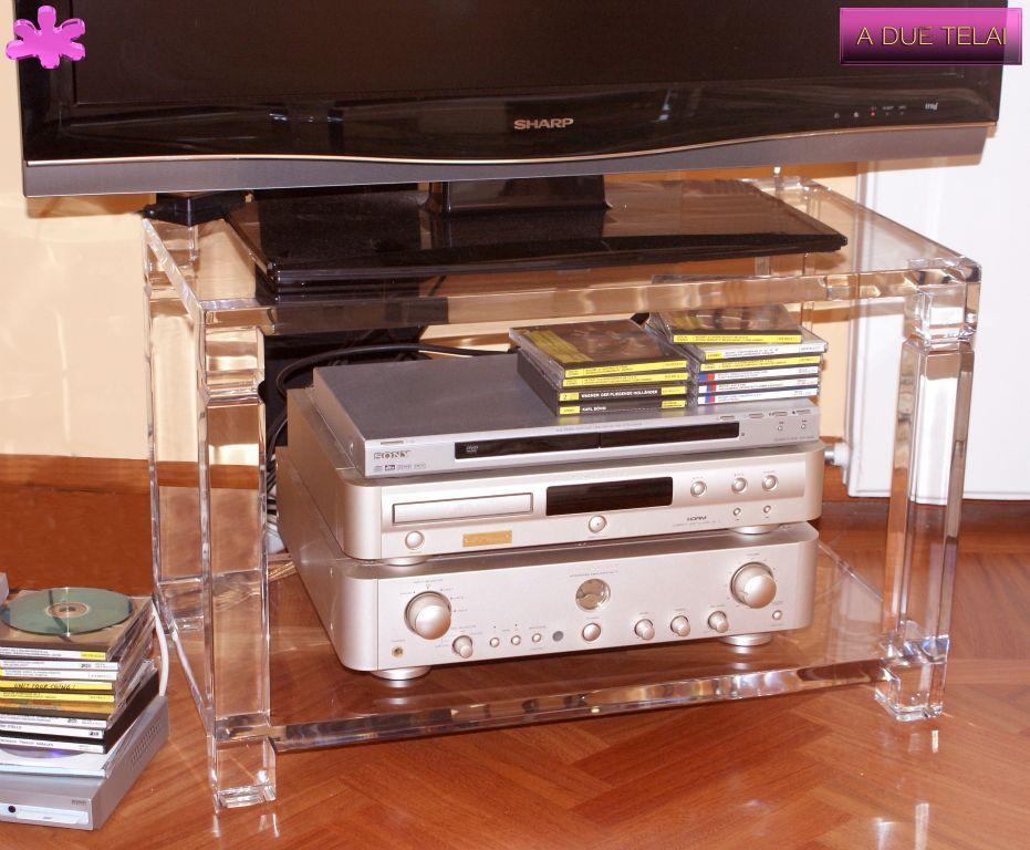 Mobile Porta Tv Plexiglass.Mobili Tv In Plexiglas 02 Mobile Trasparente In Plexiglass
