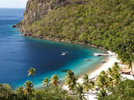 Sugar Beach A Viceroy Resort St Lucia Escape Your 9 To 5 And Find Your Peace At Sugar Beach A Beautifu Luxury Beach Resorts St Lucia Resorts Beach Resorts