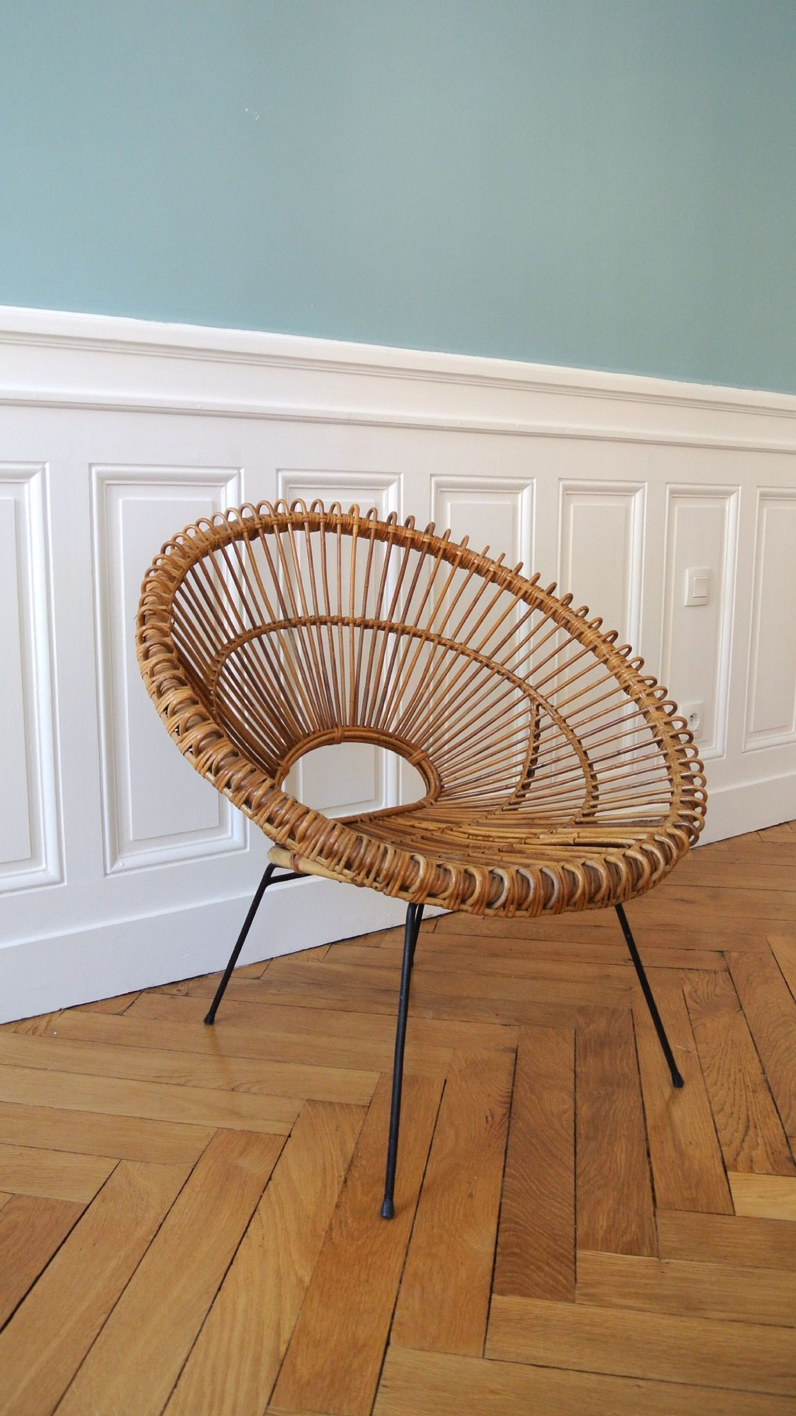fauteuil en rotin des ann es 50 janine abraham solveig vintage galerie fauteuils soleil. Black Bedroom Furniture Sets. Home Design Ideas
