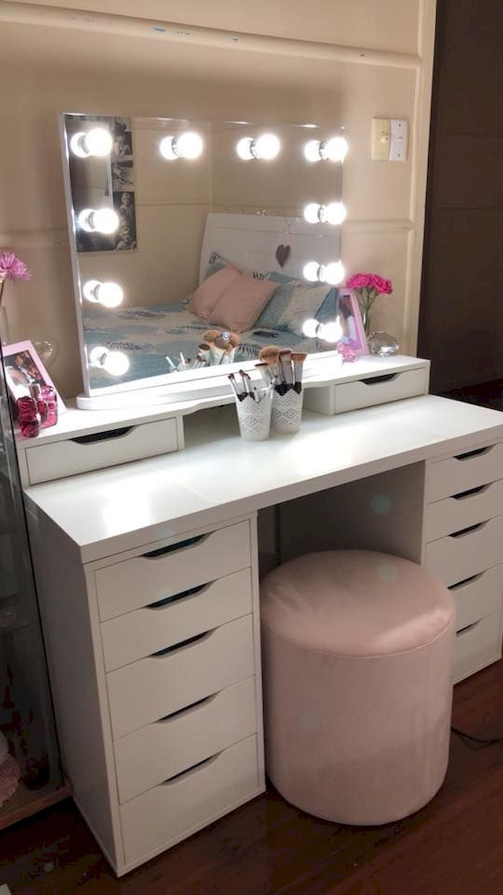 Right Of Entry More Approximately Makeup Trends See This Great Product This Is An Affiliate Link Ma Makeup Vanity Decor Vanity Makeup Rooms Vanity Decor