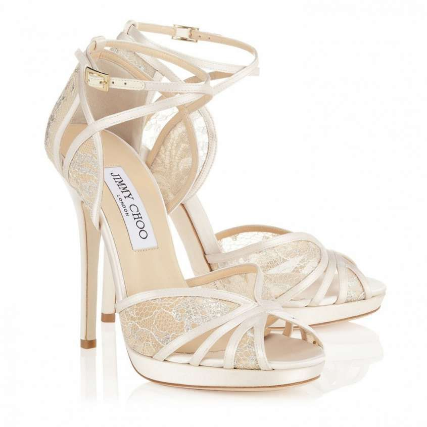 7909453d29081d Zapatos de novia Jimmy Choo 2016  Fotos de la colección - Sandalias de  encaje Jimmy · Bridal ShoesWedding ...