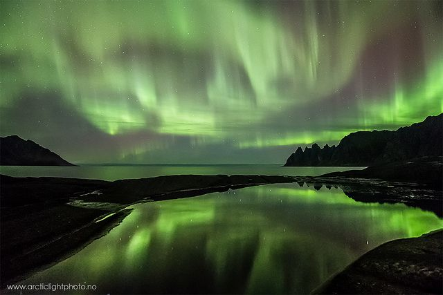 """Emerald Reflection by Ole C. Salomonsen on Flickr.A través de Flickr:  If you like this shot, please share it with the world! :)  This was shot at Senja, northern Norway Oct.14th 2012. Senja is the second largest island in Norway, and with its huge mountains and fjords it is a photographers dream. This shot shows the popular """"Devil's Jaw"""", the rugged teeth raising up from the seas  I have so many shots from the last two days, it's hard to choose which one to post, and I can"""