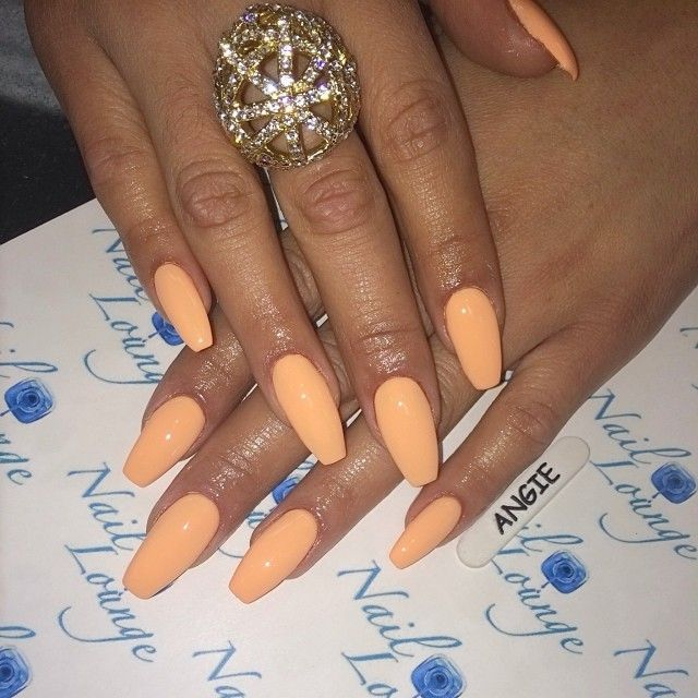 peach coffin nails | Nails + Make up | Coffin shape nails ...