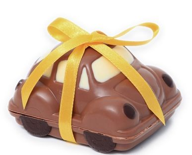 |Spoil Dad and donate to a worthy cause with these cute chocolate Kids Under Cover #ganachechocolate cars