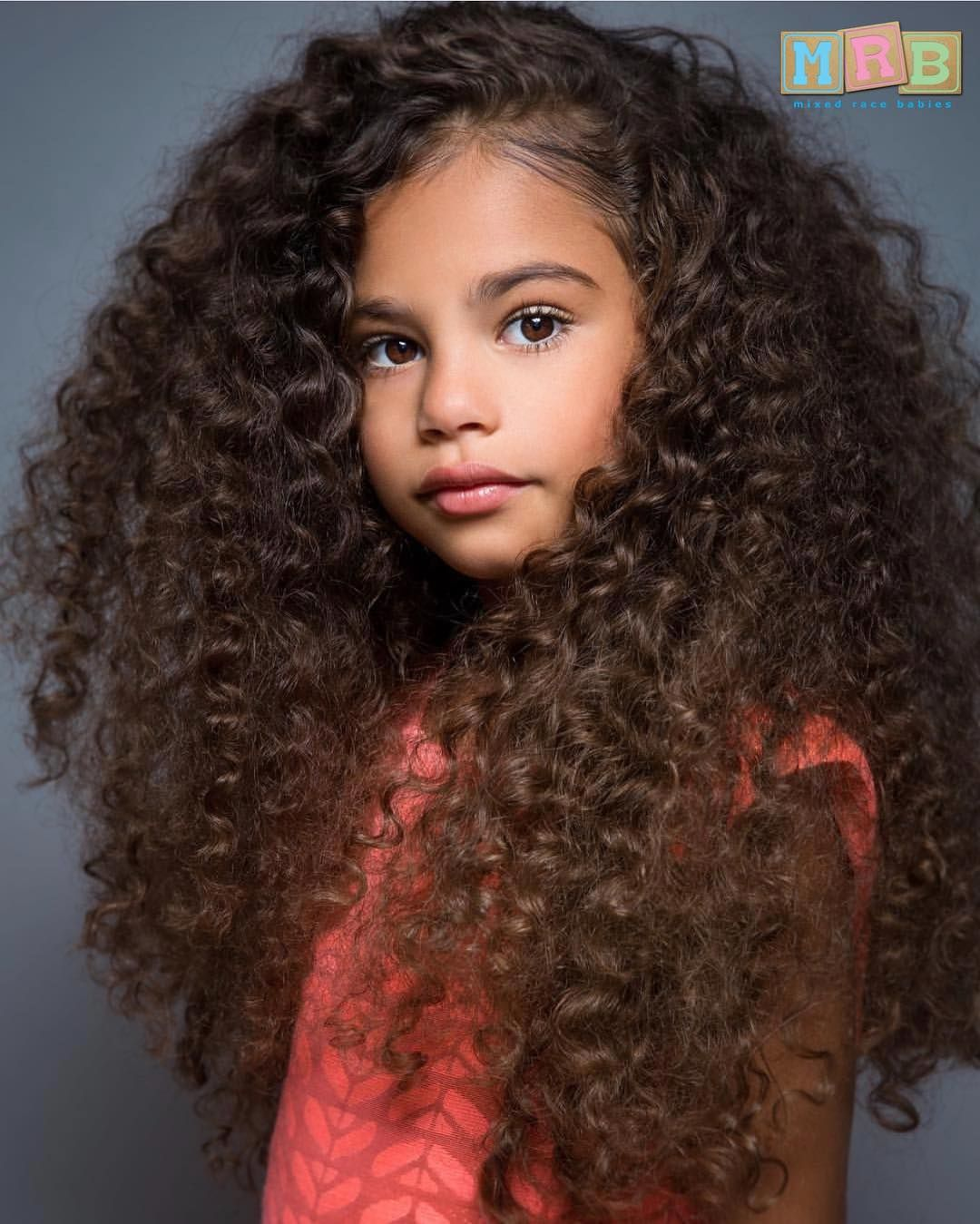 Puerto Rican Mexican Gabriella 8 Years Old Submission B In 2020 Curly Hair Styles Long Curly Hair Long Hair Styles