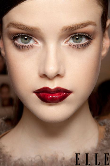 Bizarre Love Triangle Runway Trick Glossy Red Lips Gorgeous