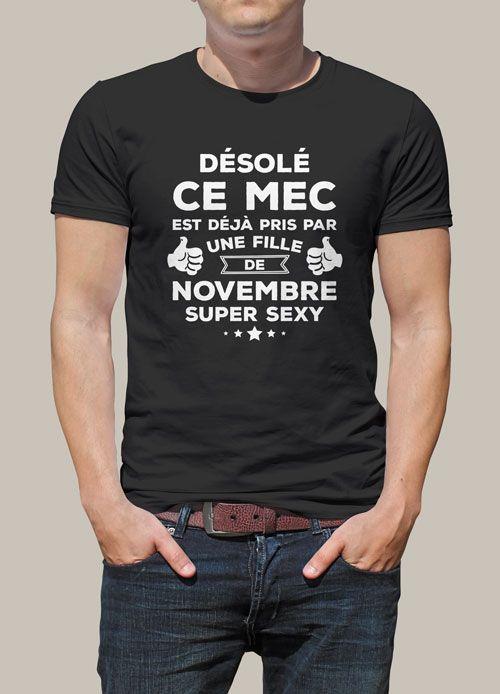 0142deadb25fb T-shirt imprimé pour tous les amoureux de leur copine du mois de novembre.  Idée de cadeau original pour votre copain