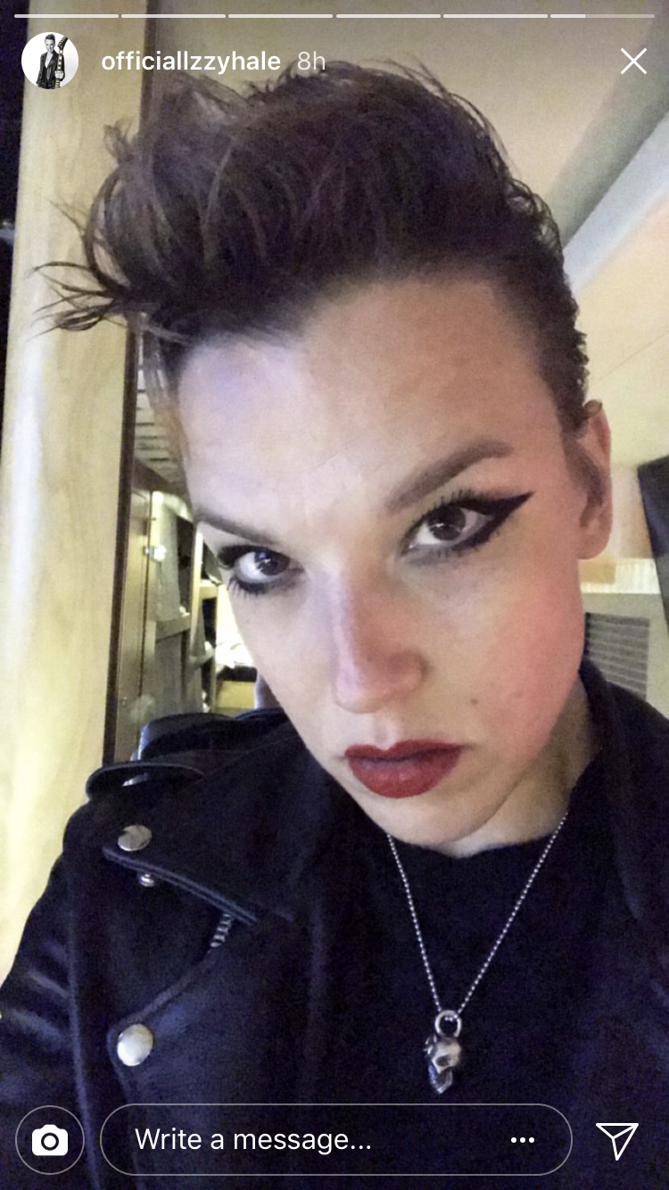 Lzzy Rocking Awesome Makeup Punk Makeup Best Makeup Products Lzzy Hale